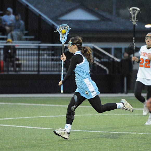 Lauren Telford in action on the lacrosse field