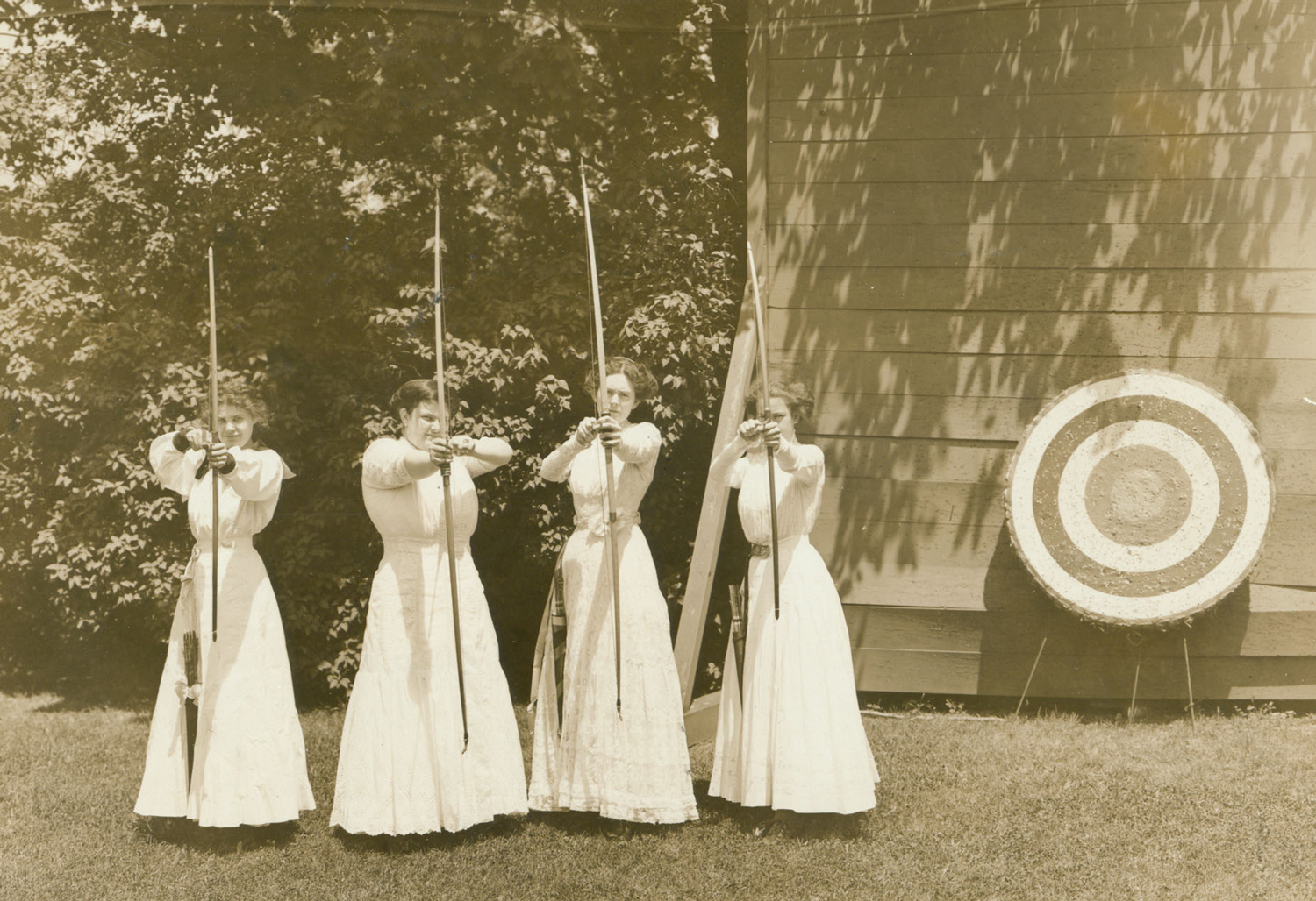 Vintage Archery photo from Saint Mary