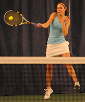 Andrea Fetters won in straight sets on Friday night.