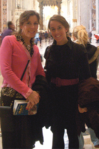 Eileen O'Brien Metzger '84 with daughter Kristen Metzger '11