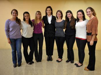Actress Sigourney Weaver, center, poses with Saint Mary's College students Eva Cavadini '12, Caryn Garton '14, Kara Quillard '13, Victoria Flees '12, Joy Viceroy '13 and Kathryn Hein '13 who all performed individual monologues for Weaver and her husband.