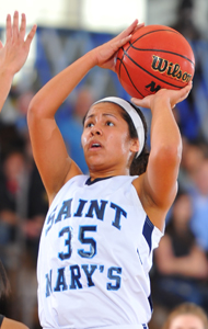 Shanlynn Bias had a career-high 17 points in the Belles' win.