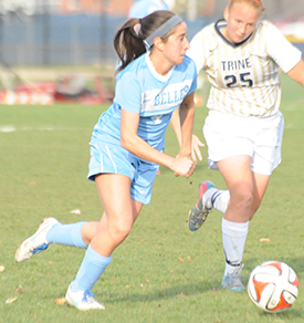 Kelly Wilson led the Belles with three shots.