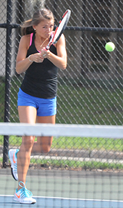 Kayle Sexton picked up a 6-0, 6-1 win at two singles for the Belles.