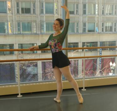 Kate Ortigara '10 continues to dance in Chicago